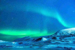 Earth aurora in hindi
